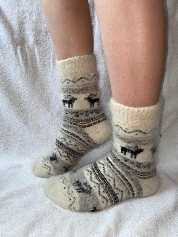Женские шерстяные носки. Модель J-30